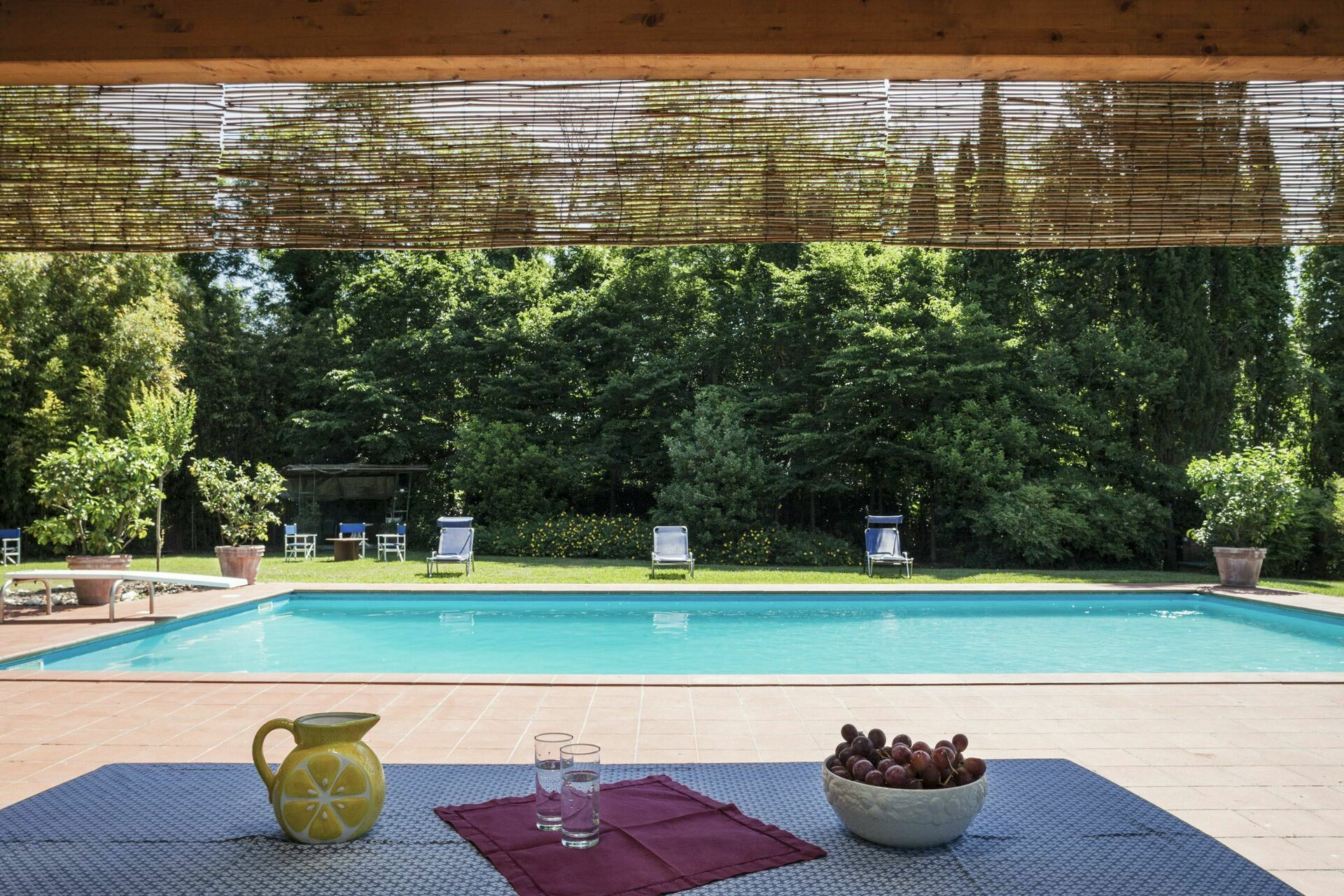 Casa luciana villa in tuscany lucca salogi villas italy - Hotels in lucca italy with swimming pool ...